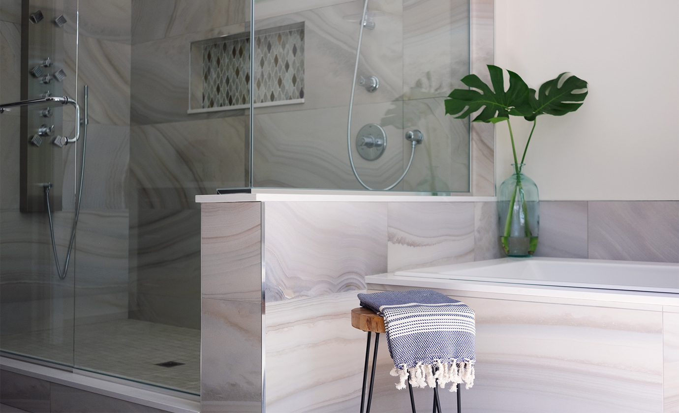Tile Bathroom with Niche