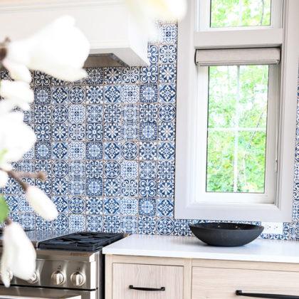 euro-tile-stone-cheo-dream-home-gawley-photography-faenza-backsplash