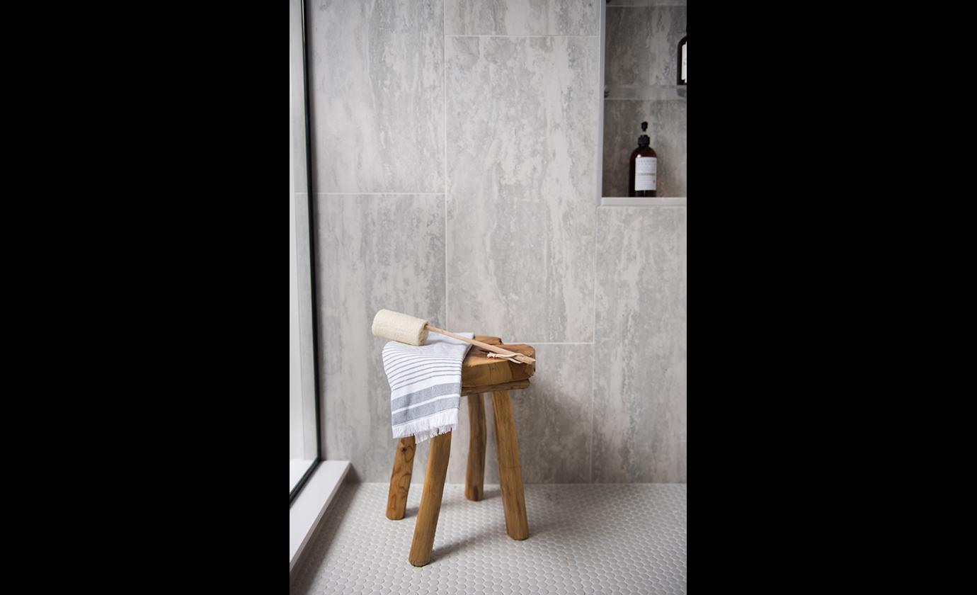 euro-tile-stone-fabiola-design-bathroom-close-up