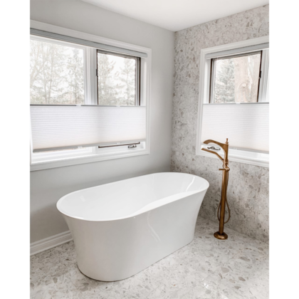 girlinthebluehouse-bathroom-euro-tile-stone-venezia